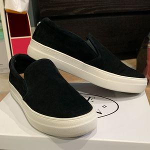 Steve Madden Gills Black Suede Sneakers